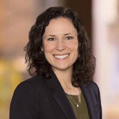 Professional Cropped Dwyer Tara Mintz