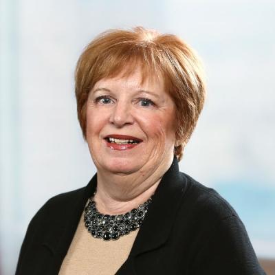 Professional Cropped Larose Cynthia Mintz